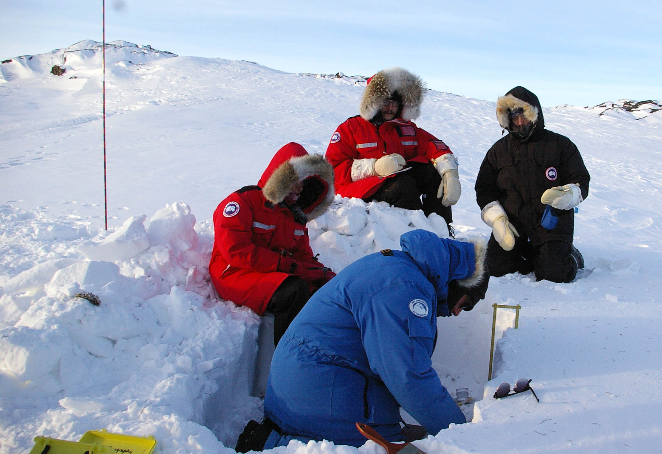 Sentinel North International Arctic Field School - Scientists studying snow near Iqaluit